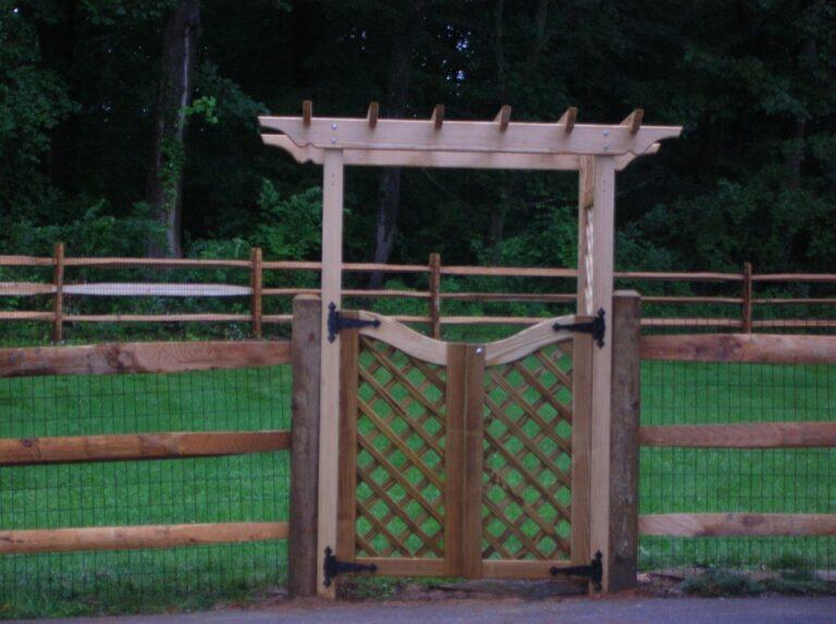 Garden Gate with Arch