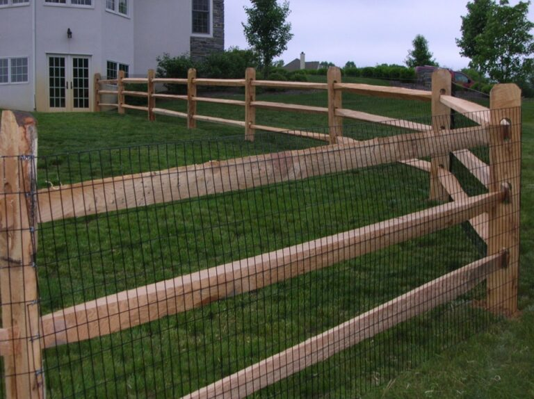 Close up wooden Rail fence